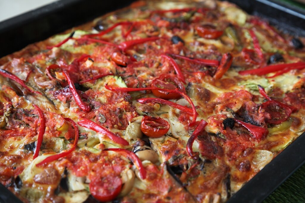 Patlıcanlı Kabaklı Pizza Tarifi