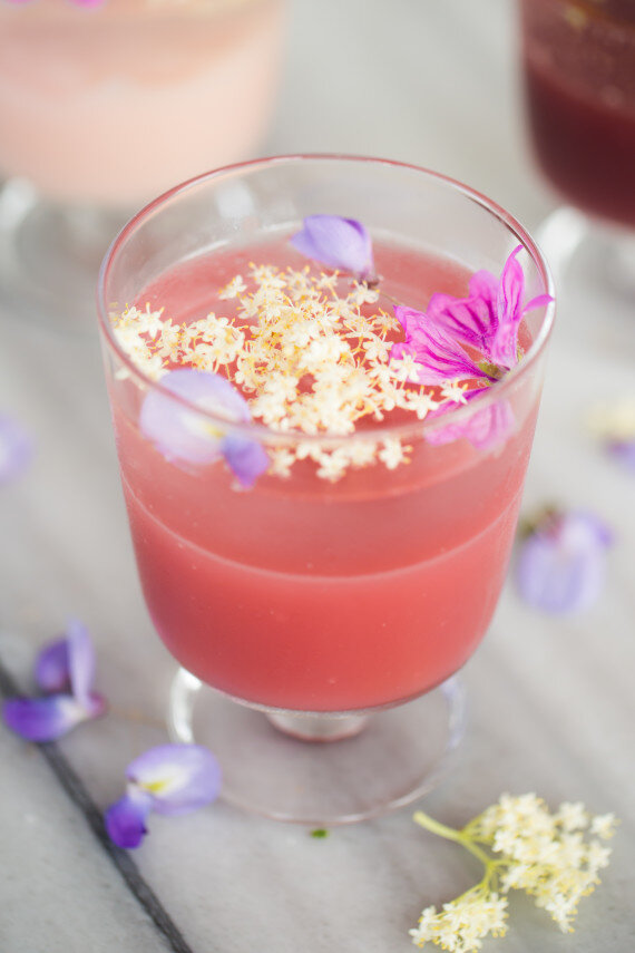 Çiçeklerle Bezeli Gül Sulu Muhallebi 3